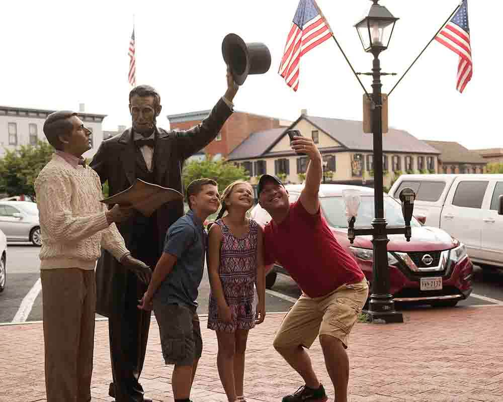 Lincoln's presence is felt all around Gettysburg. Although his visit to Gettysburg was short, it will never be forgotten. Plan your Gettysburg visit with all things Lincoln!