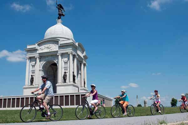Gettysburg is a destination for activity, so be sure to pack your running, walking, hiking, biking, golfing shoes. From touring the battlefield to the nature preserve, you will be on the move and keeping healthy while having fun.