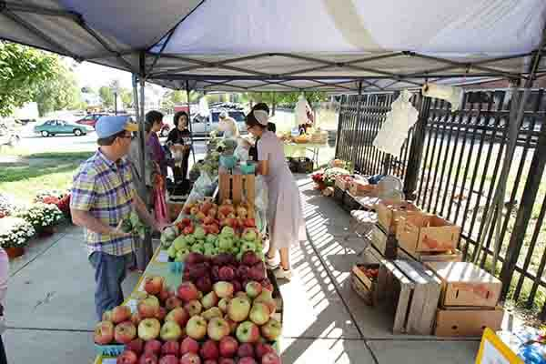 Adams County Farmers Market