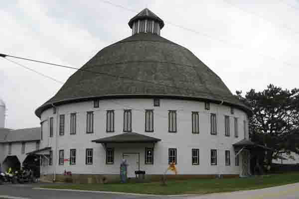 Historic Round Barn and Farm Market