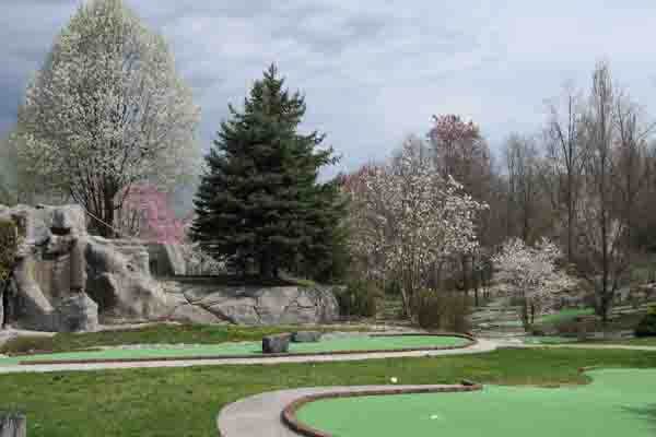 Mulligan MacDuffer Adventure Golf & Ice Cream Parlor in Gettysburg, PA