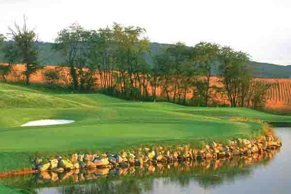 More information about Penn National Golf Course Community